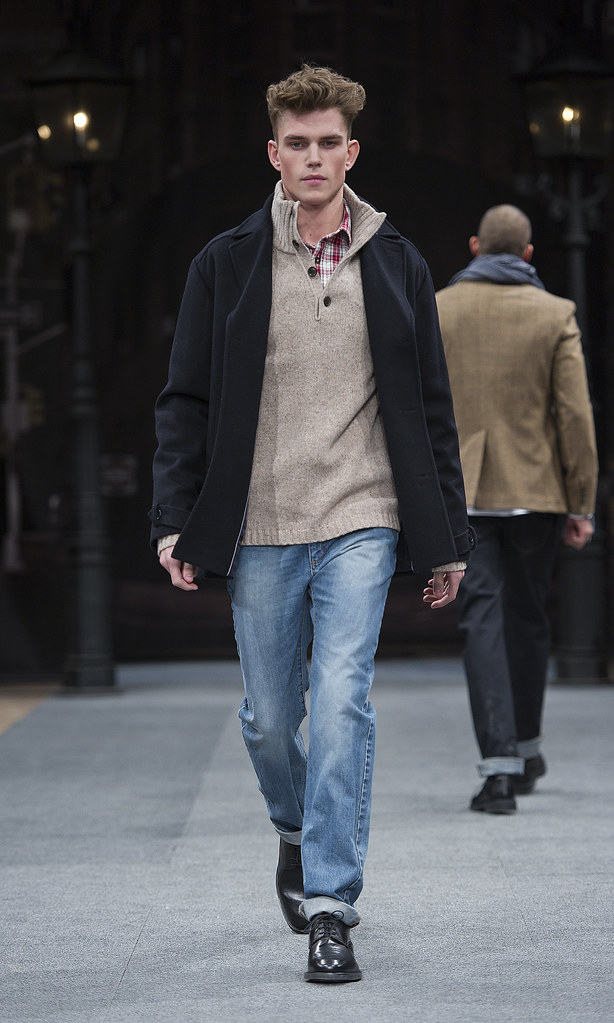 Andre Bentzer3074_AW11_Stockholm_Lexington(Mercedes-Benz FW)