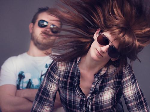 フリー写真素材, 人物, カップル・恋人・夫婦, 髪がなびく, サングラス, スタジオ, オランダ人,