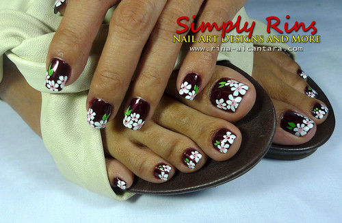 Nail Art White Flowers 04
