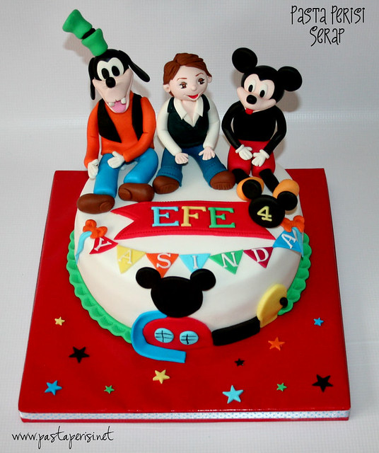 Mickey mouse cake-Efe