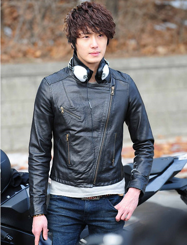 49 Days / 49일 / 49 天: Jung Il Woo (Scheduler) [11-04-07]