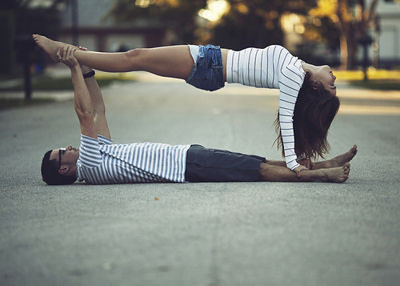 couple,cool,acrobatics,photo,stripes-43eb35fd81fbcdde589cd7fc9951c1eb_h_large