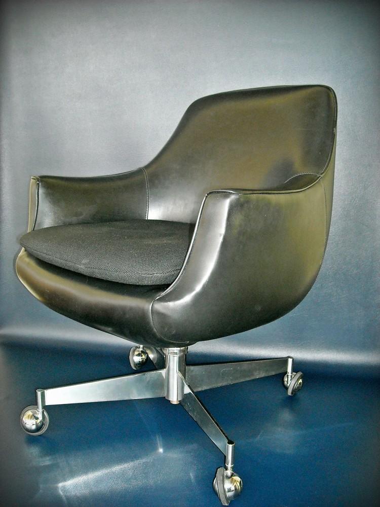 Vintage Pod Chair Mid Century Office Black Eames Era Mod 1960s Mad Men Space Age