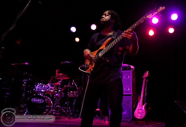 Victor Wooten at Belly Up 41811 © Michael Klayman-044