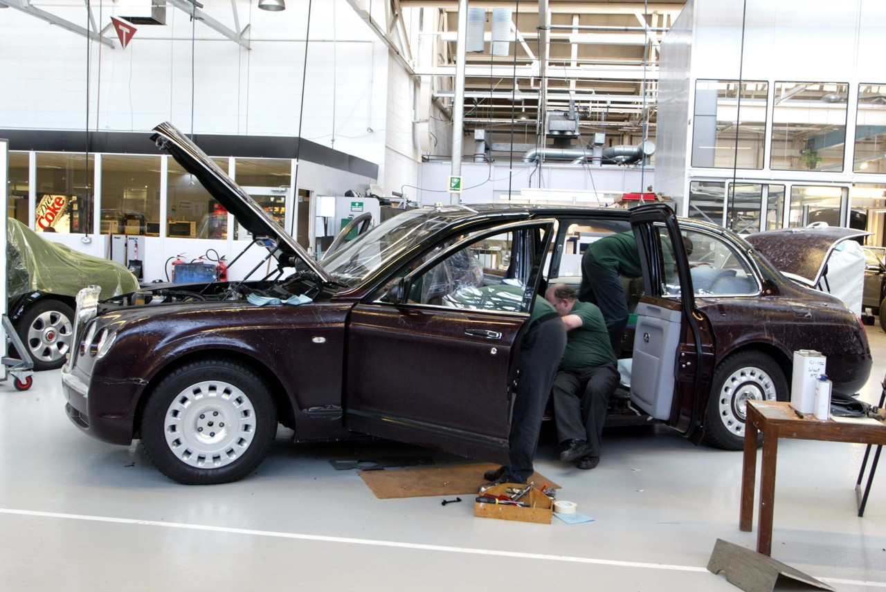 The Amazo Effect: By Royal Appointment - Royal Family Cars