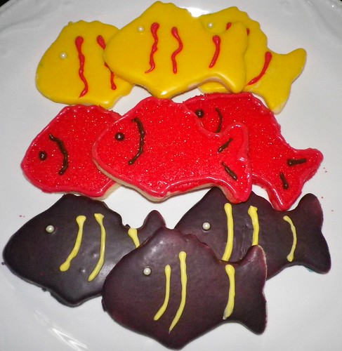 fish cookies by Lisas Dessert Tables