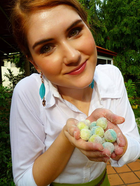 04 April 27 - 04 Inedible but Cute Easter balls (1)