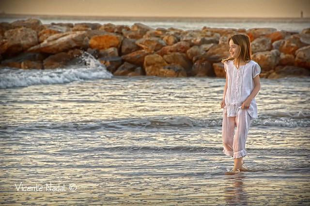 niña comunión playa amanecer 04 fotos nadal