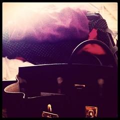 """Prima di partire per un """"lungo"""" viaggio, porta con te la voglia di non tornare piu' ...."""