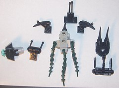 Huragok v.2 exploded view (Brickule) Tags: lego halo reach engineer covenant forerunner huragok