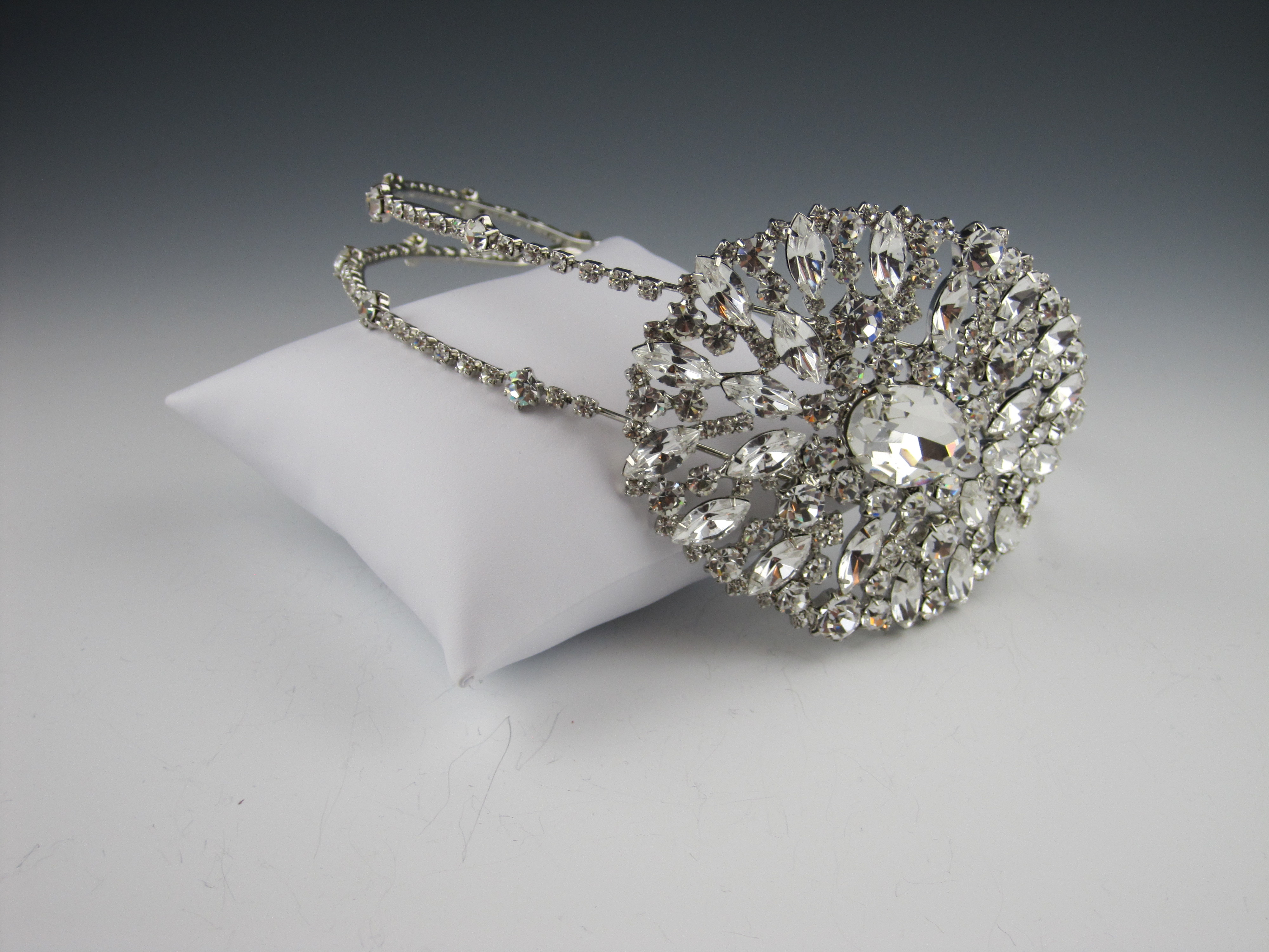 art deco bridal jewelry, glam double headband, art deco brooch, new york bridal accessories