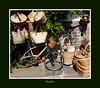 Biçaclette (Chti-breton) Tags: vélo bicyclette panier cabas vannerie boutique