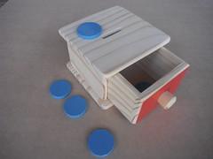 Cofre (zulabrinquedos) Tags: b brinquedo brinquedoeducativo brinquedopedaggico brinquedoemmadeira brinquedos brinquedoartesanal brinquedodemadeira jogos jogo jogoseducativos jogosemmadeira jogospedaggicos jogodemadeira jogopedaggico capixaba educationertoy educativo c