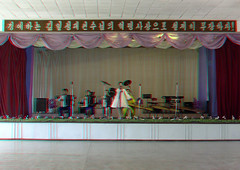 Yongbuk school show - North Korea - 3D (Eric Lafforgue) Tags: show school music 3d war asia stage capital anaglyph scene korea communism stereo learning knowledge asie alphabet lesson capitale coree ecole communisme musique northkorea pyongyang spectacle musicinstruments dprk coreadelnorte connaissance lecon nordkorea 0933  apprentissage   coreadelnord  instrumentsdemusique endoctrinement koreanalp