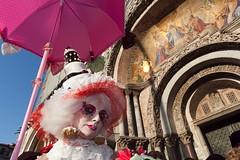 Carnaval de Venise 2011 (hubertguyon) Tags: city carnival venice feast costume europa europe mask disguise carnaval fête festa venise carnevale venezia italie ville sanmarco maschera masque déguisement 2011 mywinners