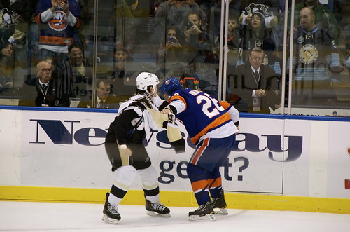 Zenon Konopka and Aaron Asham Drop the Gloves