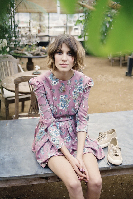 73218_Preppie_Alexa_Chung_shooting_as_the_new_face_of_Superga_2011__2_122_243lo