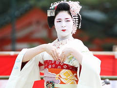 The Special Stage By Maiko Girls (Teruhide Tomori) Tags: travel girl beautiful japan dance kyoto traditional maiko   kimono     gionkobu     katsuyakko