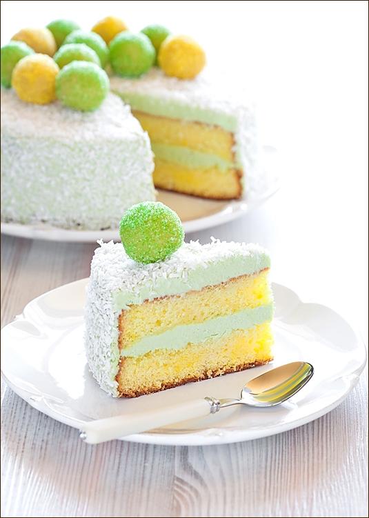 Saffron and Matcha Cake