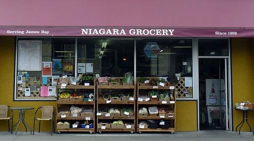Niagra Grocery