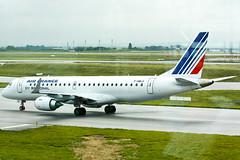 Air France (Regional Airlines) - F-HBLH - Embraer ERJ-190-100STD 190STD (Oscar von Bonsdorff) Tags: paris france canon studio airline pro rae af ge charlesdegaulle ys photographing airfrance xsi cdg embraer canon70300 erj190 embraer190 afr lfpg canon70300is ef70300mm skyteam canonef70300mmf456isusm 450d canonef70300 regionalcae 190lr airfrans erj190lr fhblh oscarvonbonsdorff regionaleurope cf3410e5 gettyimagesfinlandq1 wwwregionalfr msn266 pttlg