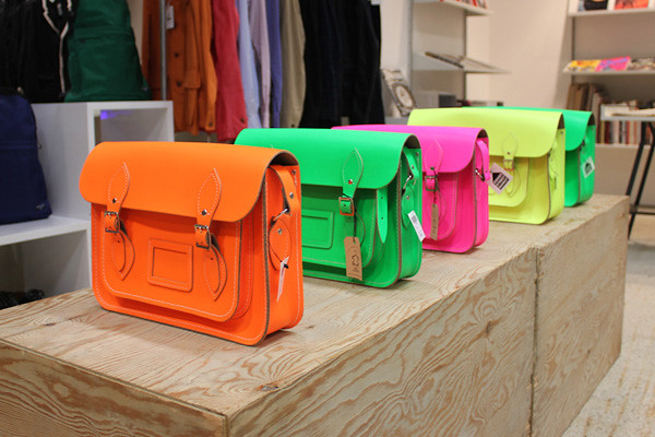 Cambridge satchels fluo