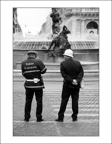 polizia by hans van egdom