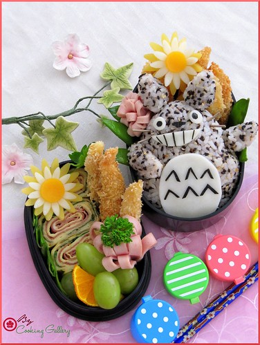 Totoro Bento by Cooking-Gallery