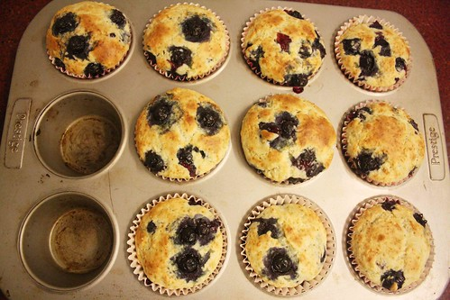 City Food – Julia Child Bakes Blueberry Muffins in BK Dutt Colony