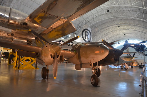 Steven F. Udvar-Hazy Center: P-38 Lightning, with B-29 Enola Gay behind it