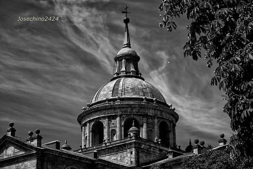 Cupula del Monasterio Del Escorial --QDD en Madrid grupo.
