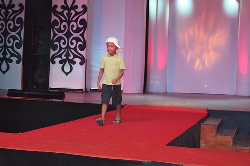 aniq at the catwalk