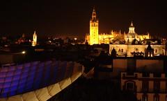 Catedral y Salvador con setas (Ilde Corts) Tags: sevilla seville parasol encarnacion metropol setas nikond60