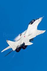 747 Blue Climbing (Powercube) Tags: maksuubwzhukovsky maks uubw zhukovsky mig mig29 mig29m2 mikoyan mikoyangurevich mapo mikoyangurevichmig29m2 vvs vvsrussia russiaairforce russianairforce