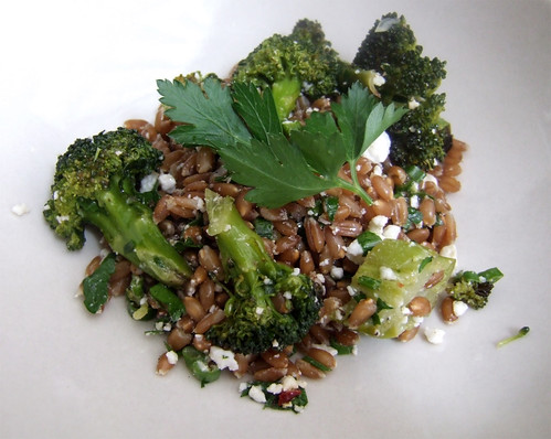 broccoli farro salad_01
