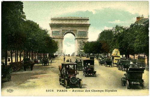 Avenue des Champs-Elysées_tattertedandlost