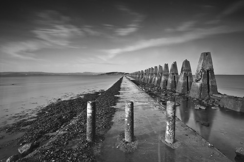 Cramond Causeway Mono April 2011