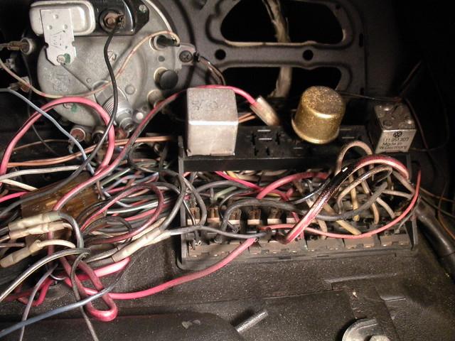 Volkswagen Beetle Fuse Panel Diagram On Fuse Box Volkswagen Pat
