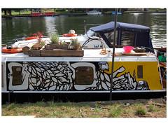 ON THE THAMES/LONDON 2010 (MATLAKAS) Tags: graffiti matlakas palestine