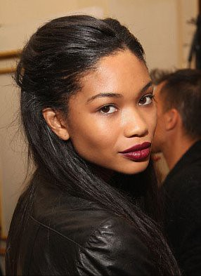 chanel-iman_wine_lips-1