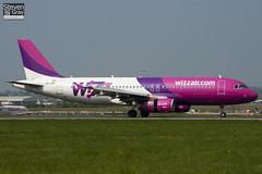 HA-LWF - 3562 - Wizzair - Airbus A320-232 - Luton - 110419 - Steven Gray - IMG_4057