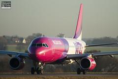 HA-LPL - 3166 - Wizzair - Airbus A320-232 - Luton - 110208 - Steven Gray - IMG_9405