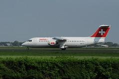 BAe 146-RJ100 (Den Batter) Tags: nikon swiss spl bae schiphol 146 eham 146rj100 polderbaan hbiyy d5000