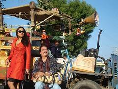 [Poster for Chalo Dilli with Shashant Shah, Vinay Pathak, Lara Dutta]