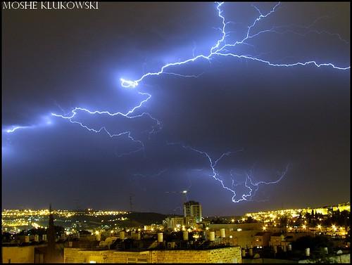 ברקים מעל ירושלים - lightning above jerusalem