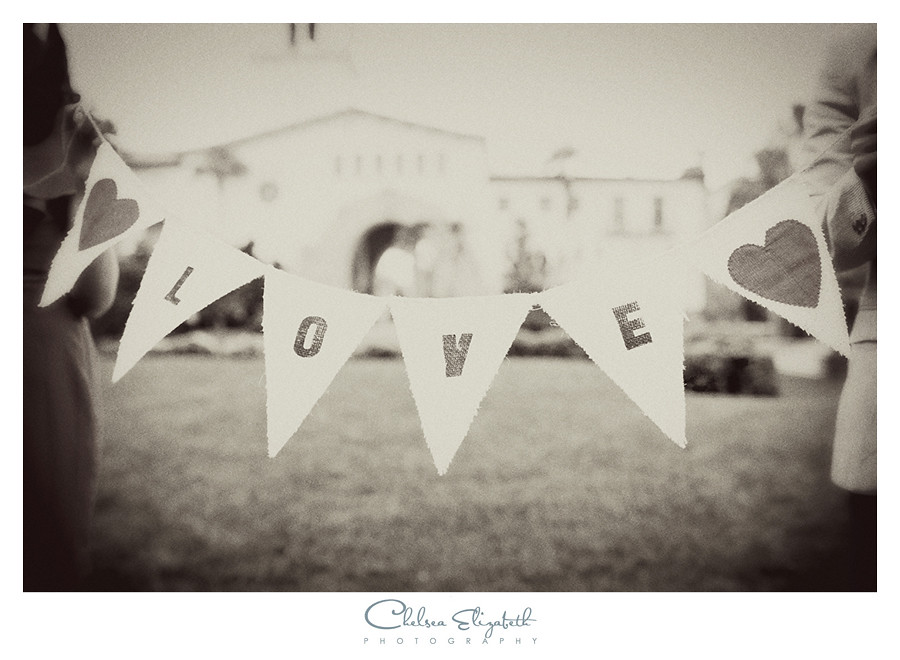 love sign prop for engagement photos