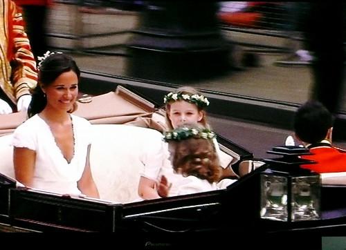Pippa and bridesmaids