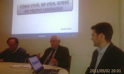 Gontzal Ruiz, como vivir sobre mi propio liderazgo charla en Larruzz by LaVisitaComunicacion