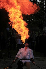 Mangiafuoco (Luca Bobbiesi) Tags: portrait fantasy mangiafuoco fiera pavese belgioioso