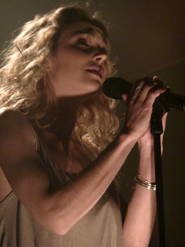 Claire Keim 02 - Paris - Mai 2011